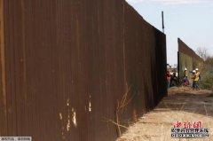 美众院共和党领袖提出为边境墙拨款法案