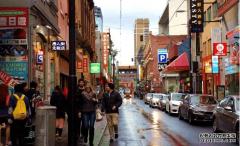 """美国华人人数巨减, 唐人街已是""""人去楼"""