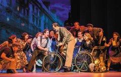 《一个美国人在巴黎》 用芭蕾舞重温百老