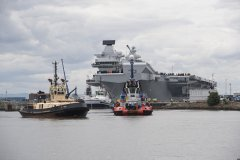 英国新航母又漏水了 200吨海水涌入舰员险