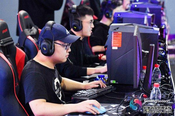 思明体育时尚季 WESG中国巡回赛南区总决赛开赛